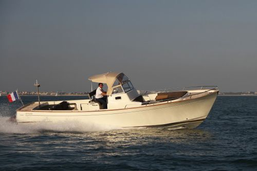 coque open in-bord / diesel / bimoteur / coque planante