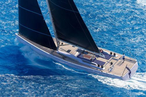 sailing-yacht de croisière / cockpit ouvert / 4 cabines / double barre à roue