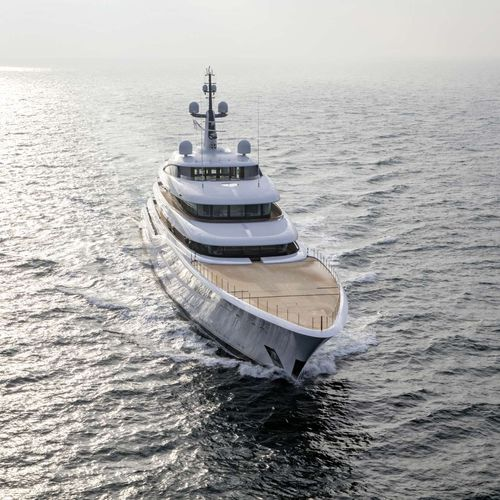 mega-yacht de croisière