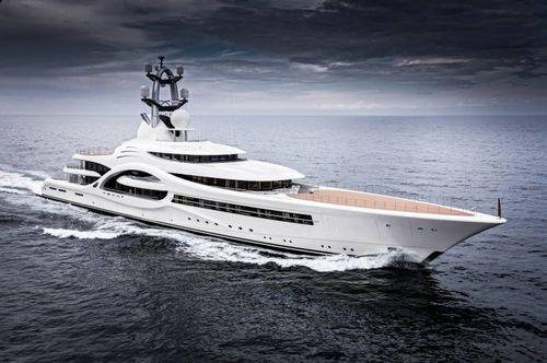 mega-yacht traditionnel - Feadship