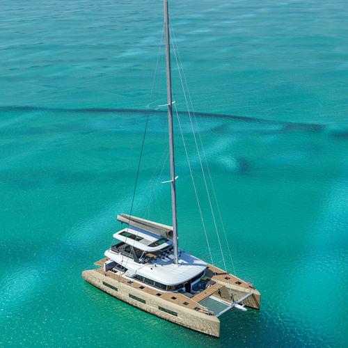 sailing-yacht de croisière / à fly / salon de pont / 4 cabines