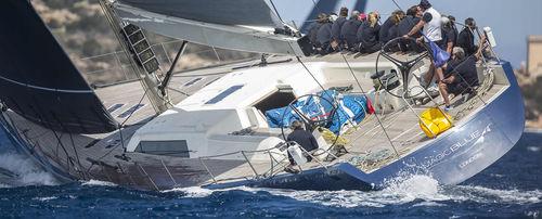 sailing-yacht de course-croisière / cockpit ouvert / à quille relevable / double barre à roue