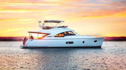 motor-yacht de croisière / de sport / à fly / IPS