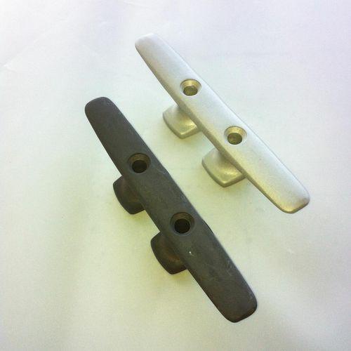 taquet de pont pour bateau / plat / en aluminium