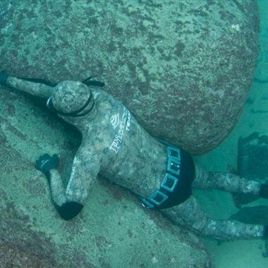 combinaison en néoprène de chasse sous-marine / monopièce / à capuche / 3 mm
