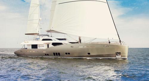 sailing-superyacht de croisière / à fly