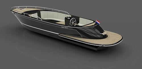 coque open in-bord / électrique / diesel / hybride
