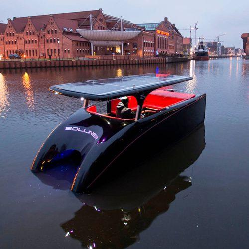 barque catamaran / in-bord / électrique à énergie solaire / max. 10 personnes