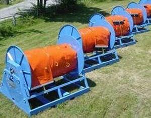 enrouleur pour barrage anti-pollution en conteneur