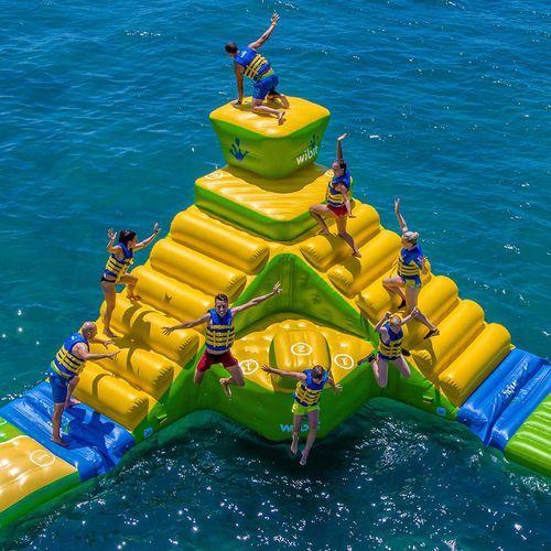 jeu aquatique échelle / gonflable
