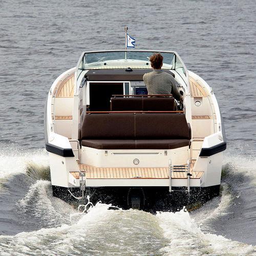 walkaround in-bord