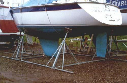 pied de mise sur cale pour voilier