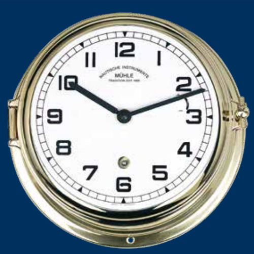 horloge en laiton