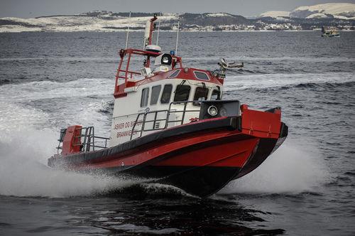 bateau professionnel bateau pompier