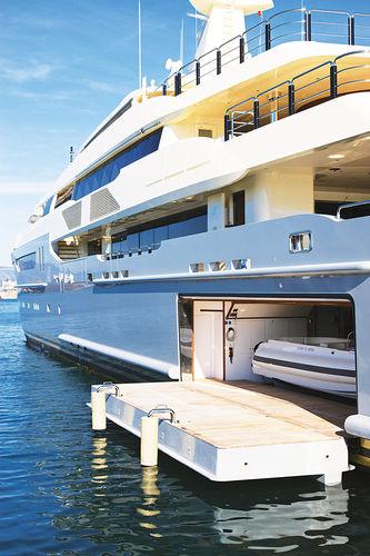 hayon latéral pour navire / pour yacht