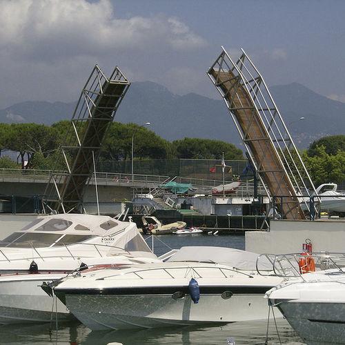 passerelle nautique - Nuova Metalmeccanica srl - MARINE DIVISION