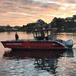 bateau de travail / bateau de recherche et sauvetage / bateau de débarquement / bateau pompier