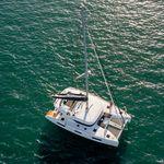 catamaran / de croisière / salon de pont / à fly