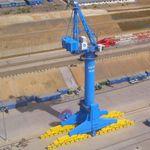 grue pour chantier naval / sur rail / à fléchette