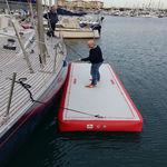plateforme pour bateau / pour base de loisirs / gonflable / sur mesure