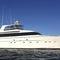 motor-yacht de croisière / avec timonerie / à fly / en aluminium