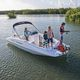 deck-boat hors-bord / de wakeboard / de ski nautique / max. 10 personnes