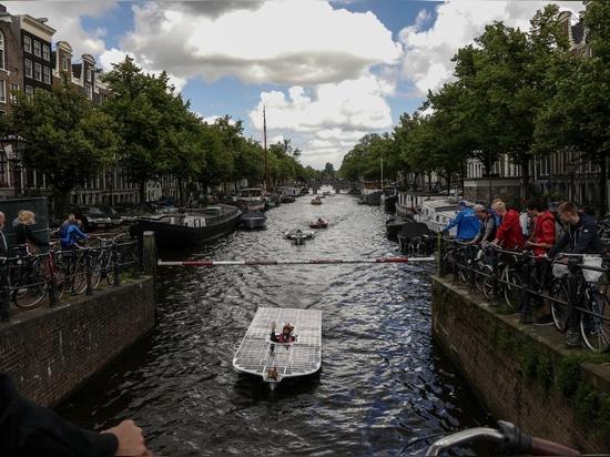 L'équipe de bateau solaire du TU Delft fait face au premier essai principal de l'année : le défi solaire néerlandais