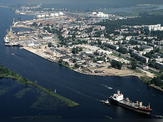 Plus de cargaison, moins de passagers au port franc de Riga