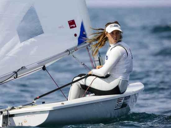 Erika Reineke a émergé en tant que concurrent formidable dans le radial de laser. Reineke a eu une année forte en 2014 avec un 6ème endroit montrant à l'événement olympique d'essai de Rio et était ...
