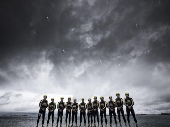 Équipe d'Artemis Racing (courtoisie de Sander van der Borch)