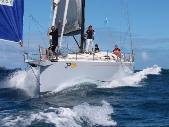 Grand filon de bateau pour la semaine de navigation de l'Antigua