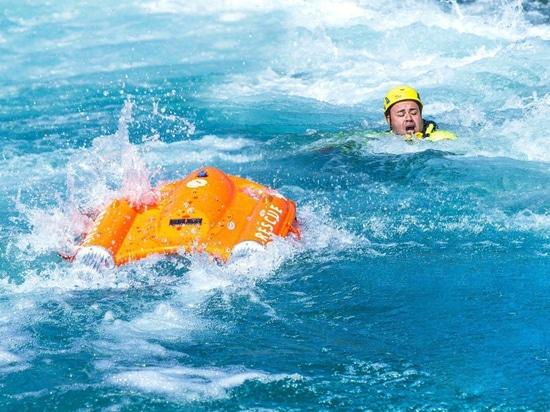 OceanAlpha lance le véhicule de sauvetage en surface sans pilote Dolphin 1 (USRV)
