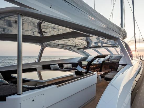 A l'intérieur du Baltic 112 Custom Sailing Yacht Liara