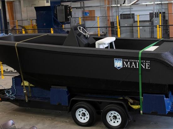 UMaine dévoile le plus grand bateau imprimé 3D au monde