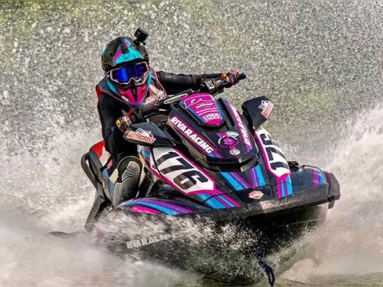Parrainage de Liqui Moly Inks avec Pro Watercross