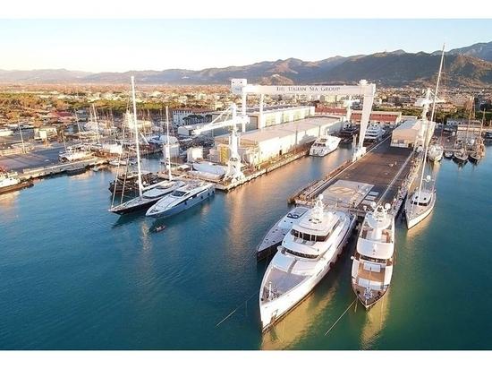 L'amiral va construire un super-yacht de 73 m, le Project Visionary, qui sera livré en 2024