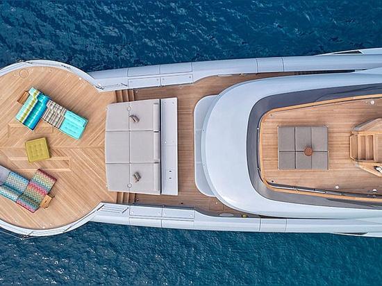 Le designer du yacht Admiral 55m Geco partage de nouveaux détails intérieurs