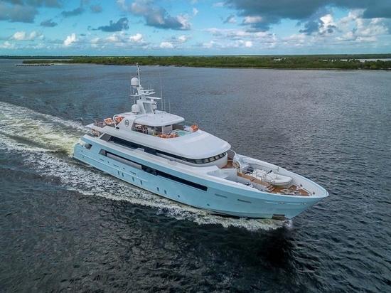 En vente en Floride : Yacht à moteur Delta Marine de 46m Time For Us
