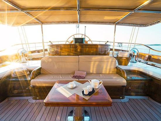 Mikhail S. Vorontsov, voilier de 65 mètres de Dykstra à vendre