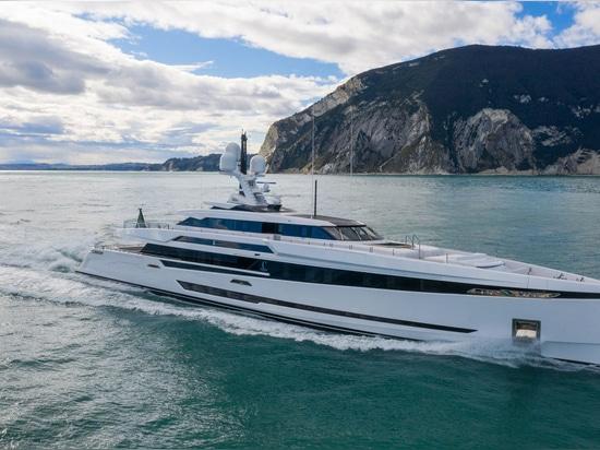 Le superyacht Columbus S50 lancé et baptisé K2