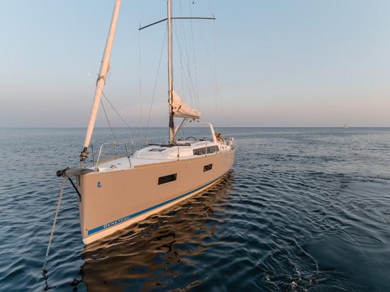 NAVIGATION DIMANCHE : BENETEAU OCEANIS 38